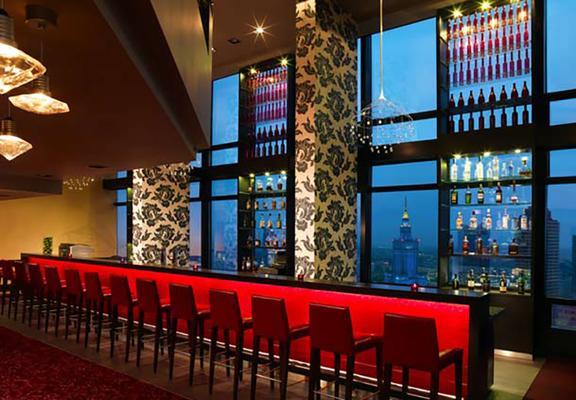 华沙万豪酒店 - 华沙 - 酒吧