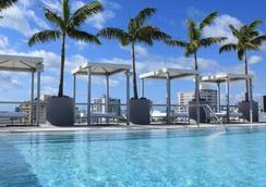 博兰南滩酒店 - 迈阿密海滩 - 游泳池