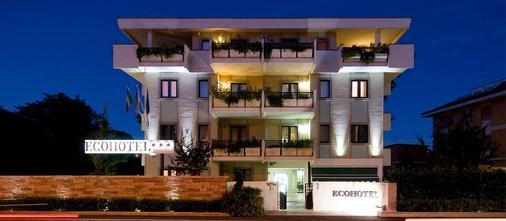 罗马生态酒店 - 罗马 - 建筑