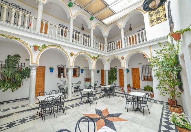 洛斯奥美亚斯酒店 - 科尔多瓦 - 露台