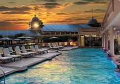 温莎苑酒店 - 新奥尔良 - 游泳池