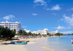 Riu Ocho Rios - 欧丘里欧 - 海滩