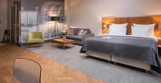 城市公园公寓酒店 - 波兹南 - 睡房