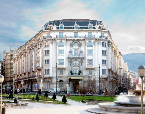 卡尔顿酒店 - 毕尔巴鄂 - 建筑