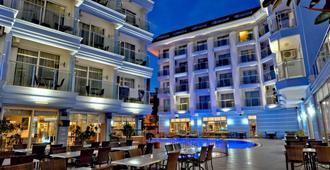 苏丹锡帕希度假酒店 - 阿拉尼亚 - 建筑