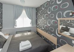 圣彼得堡天空酒店 - 圣彼德堡 - 睡房