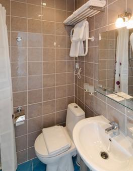 圣彼得堡天空酒店 - 圣彼德堡 - 浴室