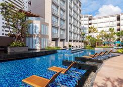 普吉岛芭东雅高美爵酒店 - 芭东 - 游泳池
