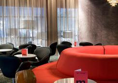 瓦伦西亚媒介酒店 - 巴伦西亚 - 大厅