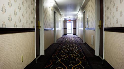 大使套房酒店 - 米德尔敦 - 门厅