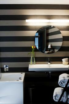 阿斯托瑞亚宫酒店 - 巴勒莫 - 浴室