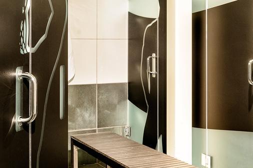 珀斯南海滩酒店 - 迈阿密海滩 - 浴室