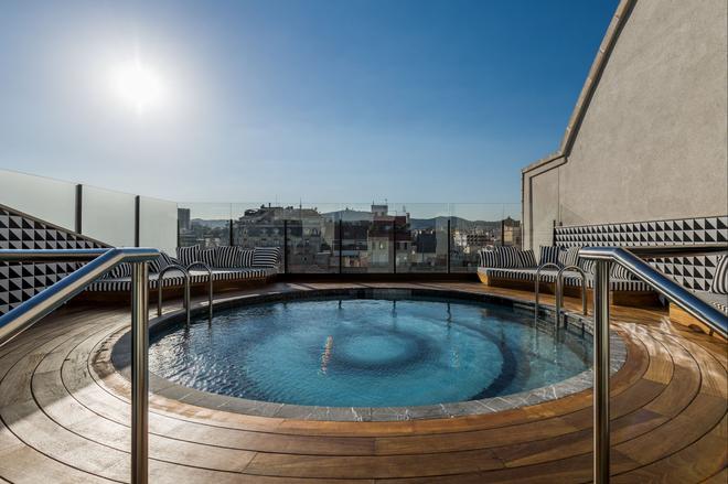 安娜室友酒店 - 巴塞罗那 - 游泳池