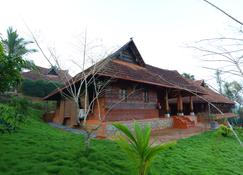 Thejas Resorts Wayanad - 苏丹巴特丽 - 户外景观
