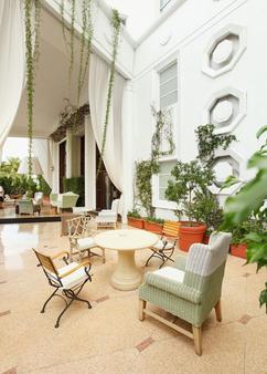 德拉诺南海滩酒店 - 迈阿密海滩 - 露台