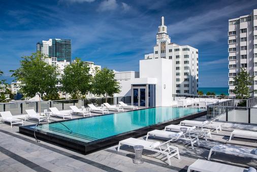 盖勒南海滩酒店 - 希尔顿 Curio 精选系列 - 迈阿密海滩 - 游泳池