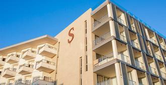 纯盐加隆达旅馆-限成人 - 马略卡岛帕尔马 - 建筑