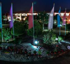 格蘭德飯店博卡拉