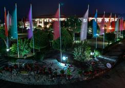 博卡拉格兰德酒店 - 博卡拉 - 户外景观