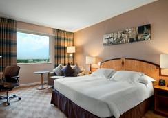 希尔顿巴黎戴高乐机场酒店 - 鲁瓦西昂法兰西 - 睡房