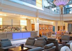 希尔顿巴黎戴高乐机场酒店 - 鲁瓦西昂法兰西 - 休息厅