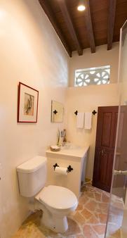 Xva 艺术酒店 - 迪拜 - 浴室