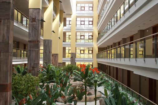 Holiday World Premium Resort - Benalmádena - 大厅