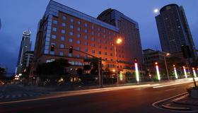 湾景公园酒店 - 马尼拉 - 建筑