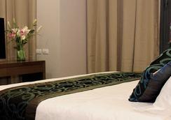Golden Phoenix Hotel Manila - Pasay - 睡房