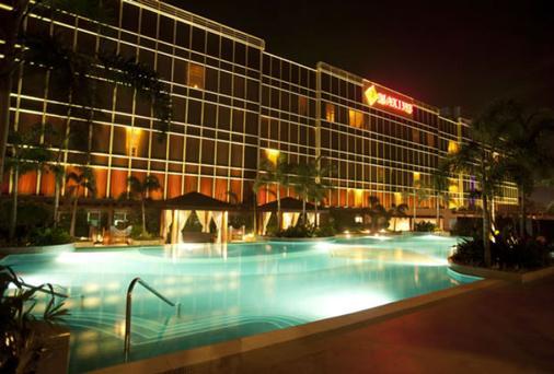 马可西姆酒店 - Pasay - 游泳池
