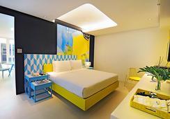 柯伦特阿斯托里亚酒店 - Malay - 睡房