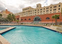 好莱坞设计套房海滩度假村 - 好莱坞 - 游泳池