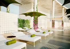 希尔顿丹吉尔市中心酒店公寓 - 丹吉尔 - 露天屋顶