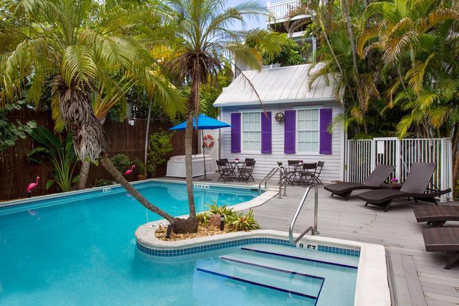 马雷洛宅邸旅馆 - 基韦斯特 - 游泳池