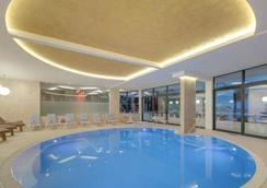 Royal Princess Hotel - 杜布罗夫尼克 - 游泳池