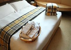 卡洛比欧酒店 - 米兰 - 睡房