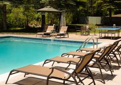维尔万年青旅馆 - 范尔 - 游泳池