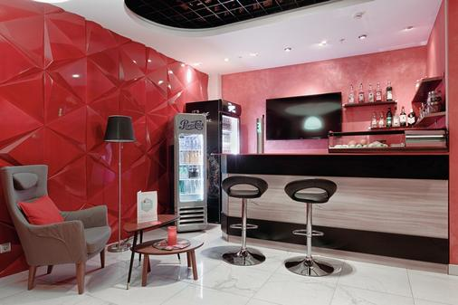 佛提蔻公寓式酒店 - 圣彼德堡 - 酒吧