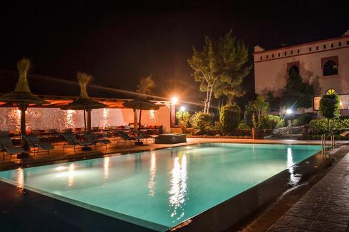 Riad Les Deux Mondes - 索维拉 - 游泳池