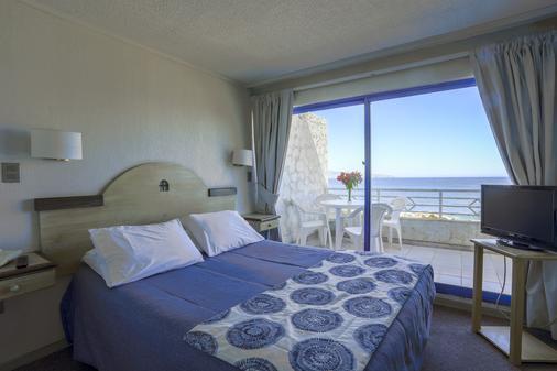 聂鲁达玛氏套房酒店 - 比尼亚德尔马 - 睡房