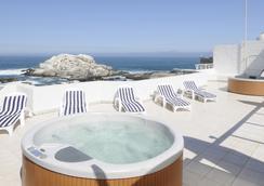 聂鲁达玛氏套房酒店 - 比尼亚德尔马 - 酒店设施