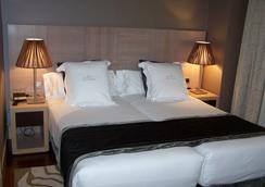 华盛顿帕克索尔套房酒店 - 巴利亚多利德 - 睡房