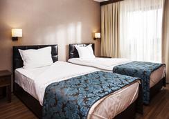 班斯科王国酒店 - 班亚温泉游泳池 - 班斯科 - 睡房