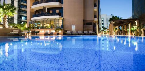 迪拜塔大华酒店 - 迪拜 - 游泳池