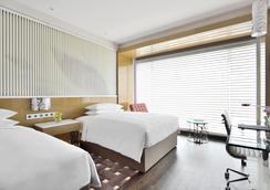 勒克瑙万丽酒店 - 勒克瑙 - 睡房