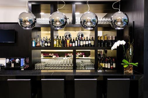 贝斯特韦斯特Plus科帕卡巴纳设计酒店 - 里约热内卢 - 酒吧