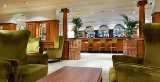 南安普敦希尔顿逸林酒店 - 南安普敦 - 酒吧