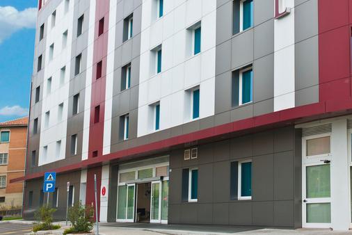 CDH我的博洛尼亚酒店 - 博洛尼亚 - 建筑