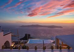 拉马耳他酒店 - 费拉 - 游泳池
