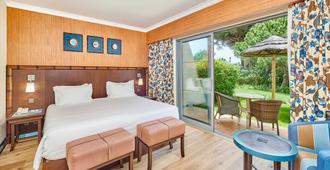 圣欧拉利娅里尔度假大酒店及Spa中心 - 阿尔布费拉 - 睡房